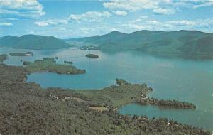 USA Lake Goerge, New York's Adirondack Mountains Boat Bateau Lac