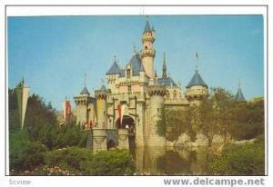 Disneyland,Sleeping Beauty Castle,Fantasyland,60-80s
