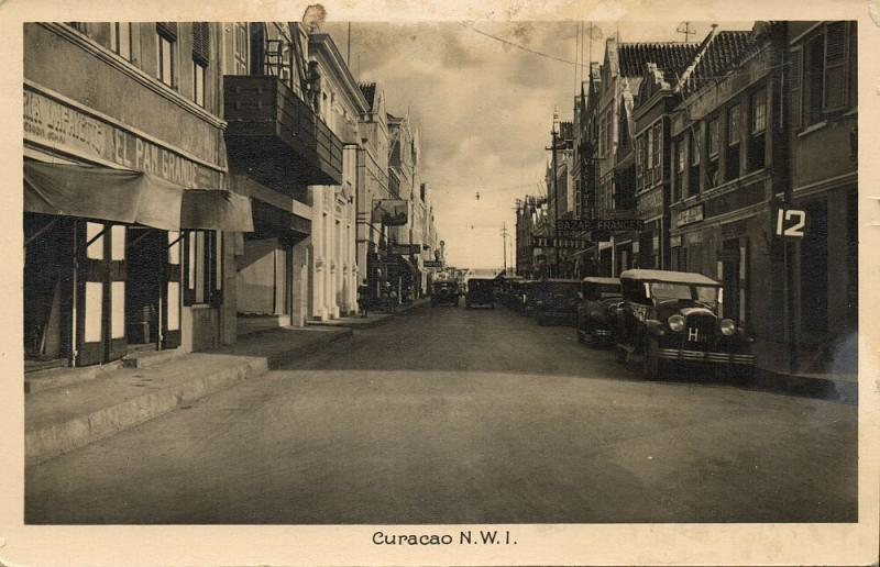 curacao, N.W.I., WILLEMSTAD, Street Scene, Cars (1930s) RPPC