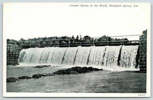 Mammoth Spring Arkansas~Ladies on Foot Bridge Over Falls~Spillway~1930s B&W PC