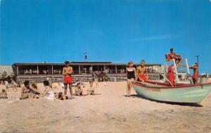 NARRAGANSETT RI~SANDHILL COVE STATE BEACH-LIFE GUARDS-PRETTY GIRLS-BOAT POSTCARD