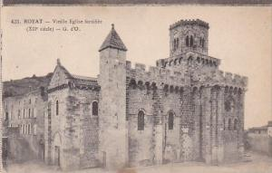 France Royat Vieille Eglise fortifiee