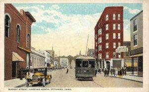 LP93 Ottumwa   Iowa Postcard  Market St.  Old Car and Trolley Drug Store