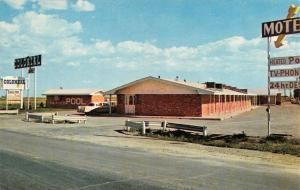 GUYMON, OK Oklahoma  COLONIAL INN MOTEL  Texas County  Roadside Chrome Postcard