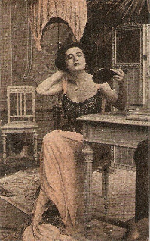 Francesca Bertini. Cinema actress  Old vintage Spanish postcard