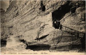 CPA ETRETAT-Le Chaudron a mer haute (347731)