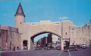 St. John Gate, Classic Cars, QUEBEC CITY, Quebec, Canada, 40-60's