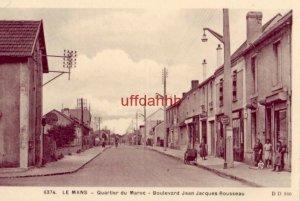 FRANCE. LE MANS QUARTIER DU MAROC - femmes dans BOULEVARD JEAN JACQUES ROUSSEAU