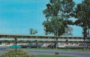 BEAUPORT , Quebec, 1950-60s ; Motel des Laurentides