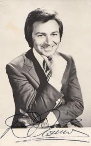 Des O Connor Hand Signed Undedicated Vintage 1970s Photo