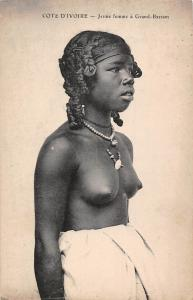 Ivory Coast Cote d'Ivoire - Jeune femme a Grand-Bassam, Native Young Woman, Lady