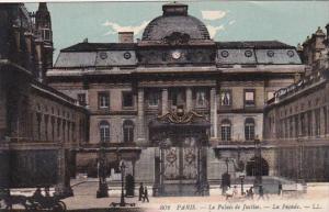 France Paris La Palais de Justice La Facade