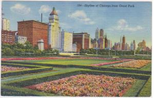 SKYLINE OF CHICAGO FROM GRANT PARK