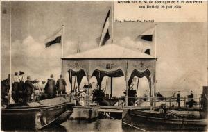 CPA Bezoek van H.M. de koningin en den rins aan DELFZIJL NETHERLANDS (604135)