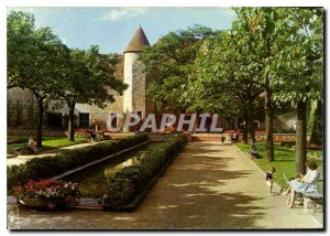 Postcard Modern Saint Amand Montrond Cher Jardin du Musee