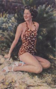 Beautiful Pin Up Girl In Bathing Suit