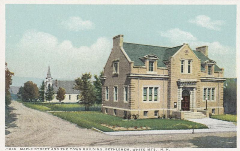BETHLEHEM , NH, 1910s ; Summit House, Maple St. & Town Buildings, White Mts.