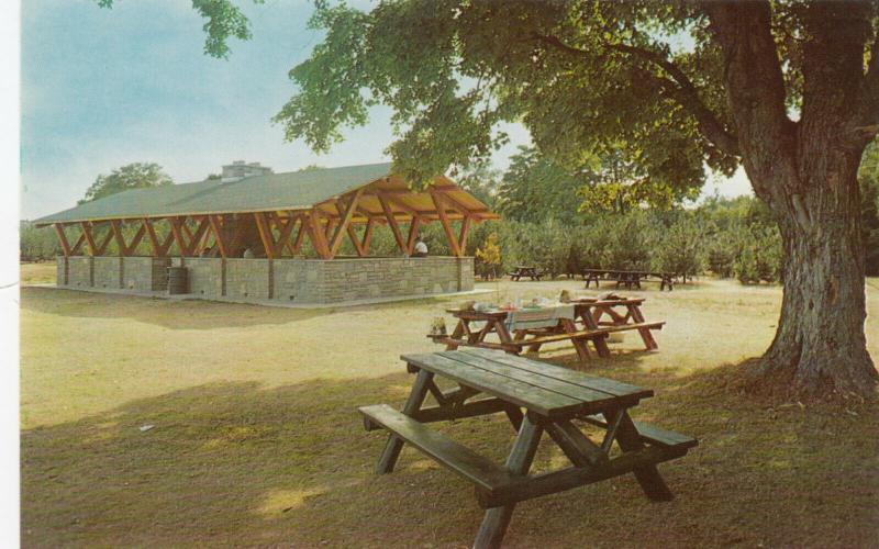 SAUBLE BEACH , Ontario , Canada , 50-60s ; Pavilion , Sable Falls