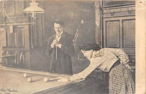 Woman and man Playing Billiards Pool Billiards  Carte Postale Postal Used Unk...