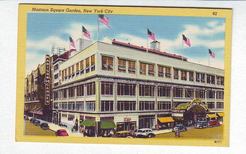 P1309 old unused postcard madison square garden new york city old cars etc