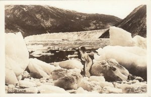 RP: Taku Maid , Alaska , 30-40s ; Naked girl on Glacier