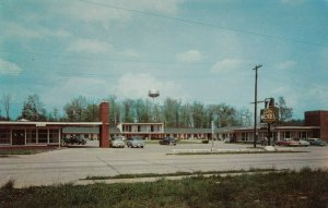 BURNSIDE , Kentucky, 1950-60s ; 7 Gables Motel & Restaurant , Version-2