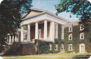 NEWARK, DELAWARE , 40-50s ; University of Delaware