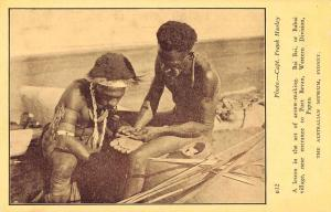 Bai Bai Papua Port Bevan Arrow Making Antique Postcard J80402