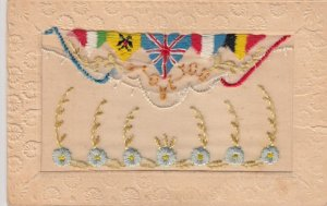 Embroidered 1914-18 ; Allied flags