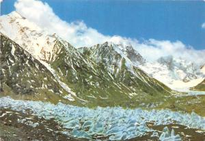 China, People's Republic of China Mountain Scene  Mountain Scene