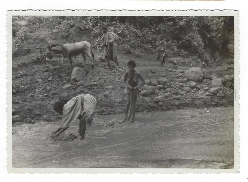 Estimated WW2 Era Real Photo Postcard - Possibly North East Africa - (OO88)