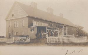 RP; NEWPORT, Maine , PU-1906 ; Large house