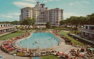 CHICAGO, Illinois, 1950-60s; Edgewater Beach Hotel, Swimming Pool