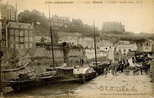 France - Dinard, Emerald Coast. The Hold at High Tide (Boats)
