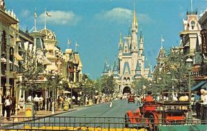 Walt Disney Fantasyland, Bound for the World of Fantasy, Main Street