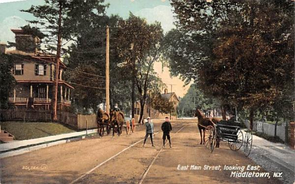 East Main Street Middletown, New York Postcard