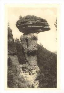 Kamenna huba pri Markusovciach, Czech Republic, 20-40s