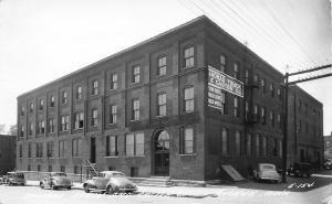 Keokuk Iowa~Thomas Truck & Caster Co~Factory~Cars~1940s Real Photo Postcard~RPPC