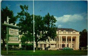 Berea, Kentucky Postcard BOONE TAVERN HOTEL Highway 25 Roadside 1961 Cancel
