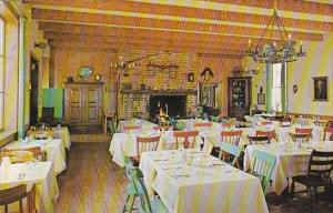 Interior Evans Farm Inn Restaurant Chain Bridge Road McLean Virginia 1959