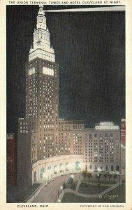 LP61  Cleveland Ohio Postcard   Terminal Tower