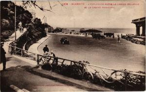 CPA Biarritz- L'Esplande entre le Casino Bellevue et le Casino Municipal(162829)