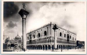 Vintage VENICE Italy RPPC Real Photo Postcard VENEZIA - Palazzo Ducale Unused