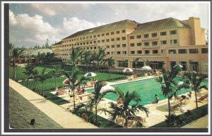 Bahamas Nassau Emerald Beach Hotel Postcard