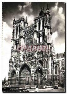 Modern Postcard Amiens Somme Cathedral