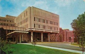 Duke University Hospital, DURHAM, North Carolina, 40-60'