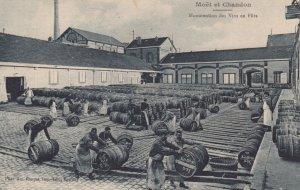 Moet et Chandon, Marne, France, 00-10s ; Manutention Vins en futs