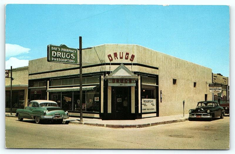 Postcard NM Truth or Consequences Day's Pharmacy Drug Store 1950s Cars R34