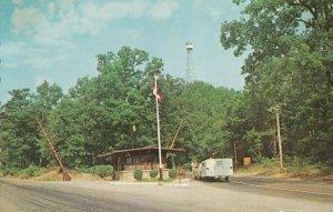 GRAND BEND , Ontario, 1950-60s ; Lake Huron Park Entrance
