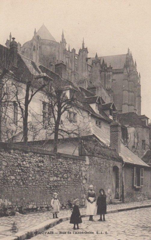 BEAUVAIS, France, 1910-1920s, Rue de l'Abbe-Gelee